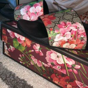 Gucci Shoes - Gucci Bloom slides